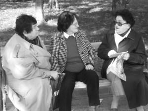 three ladies gratsy. stockxchng